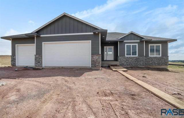 504 N Willow Creek Ave, Sioux Falls, SD 57110 (MLS #22002418) :: Tyler Goff Group