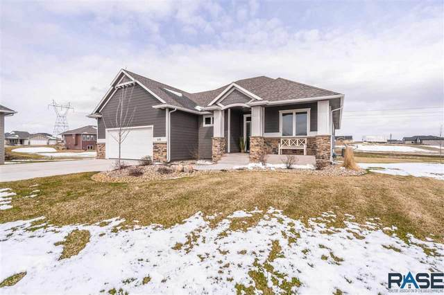 610 S Red Spruce Cir, Sioux Falls, SD 57110 (MLS #22002492) :: Tyler Goff Group