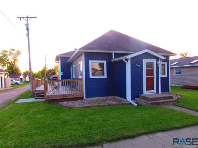 309 N Main Ave, Garretson, SD 57030 (MLS #22003055) :: Tyler Goff Group