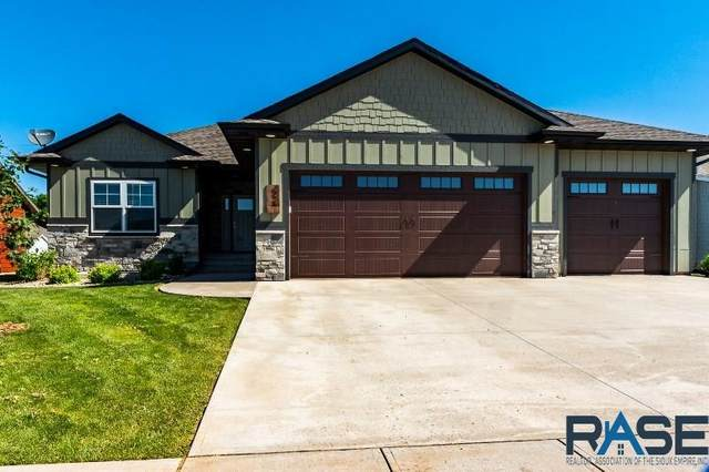 520 E Lakeview Dr, Brandon, SD 57005 (MLS #22003099) :: Tyler Goff Group