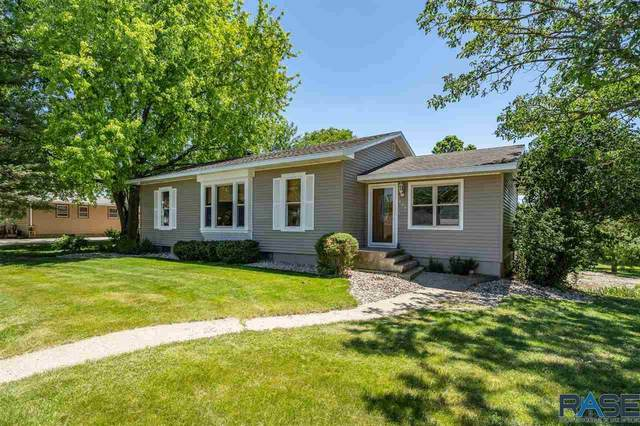 905 E 3rd St, Canton, SD 57013 (MLS #22003466) :: Tyler Goff Group