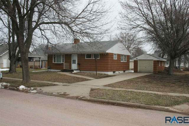 104 N 6th St, Beresford, SD 57004 (MLS #22003778) :: Tyler Goff Group