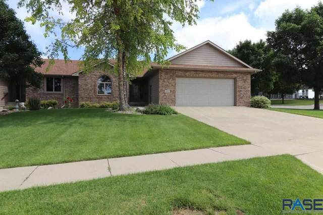 157 W Doral Ct, Sioux Falls, SD 57108 (MLS #22003947) :: Tyler Goff Group
