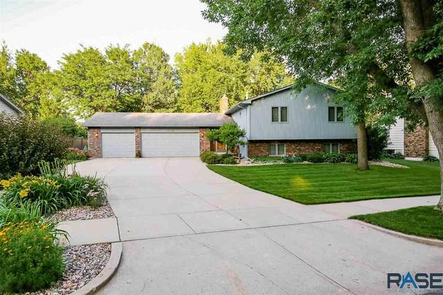 4200 S Woodwind Ln, Sioux Falls, SD 57103 (MLS #22004080) :: Tyler Goff Group