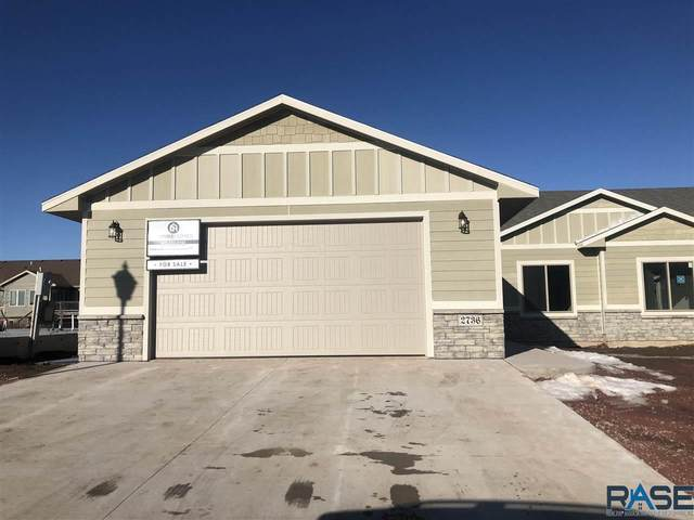 5406 S Bahnson Ave, Sioux Falls, SD 57108 (MLS #22004142) :: Tyler Goff Group