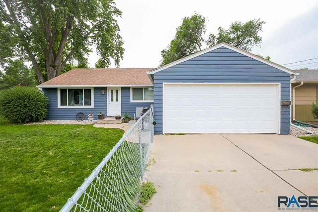 1720 W 33rd St, Sioux Falls, SD 57105 (MLS #22004149) :: Tyler Goff Group