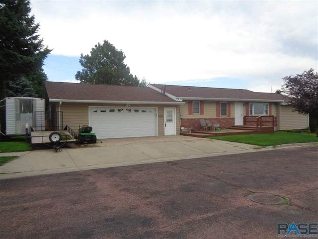 102 Prospect Ave, Dell Rapids, SD 57022 (MLS #22004181) :: Tyler Goff Group