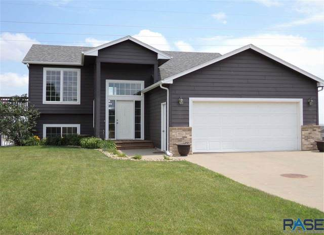 932 N Dubuque Ave, Sioux Falls, SD 57110 (MLS #22004414) :: Tyler Goff Group