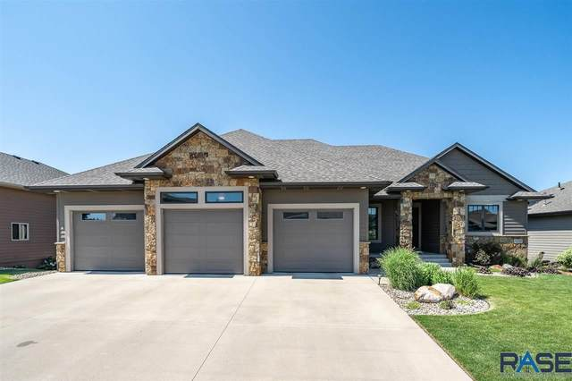 2309 S Copper Crest Trl, Sioux Falls, SD 57110 (MLS #22004416) :: Tyler Goff Group