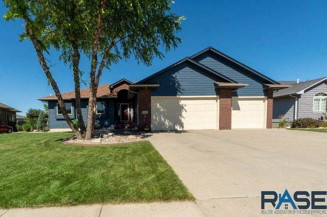 3805 S Camellia Ave, Sioux Falls, SD 57110 (MLS #22004443) :: Tyler Goff Group