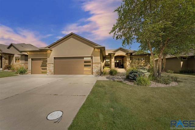 2305 S Copper Crest Trl, Sioux Falls, SD 57110 (MLS #22004459) :: Tyler Goff Group