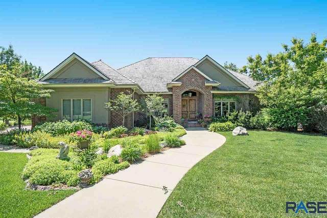 1001 W Ralph Rogers Rd, Sioux Falls, SD 57108 (MLS #22004479) :: Tyler Goff Group
