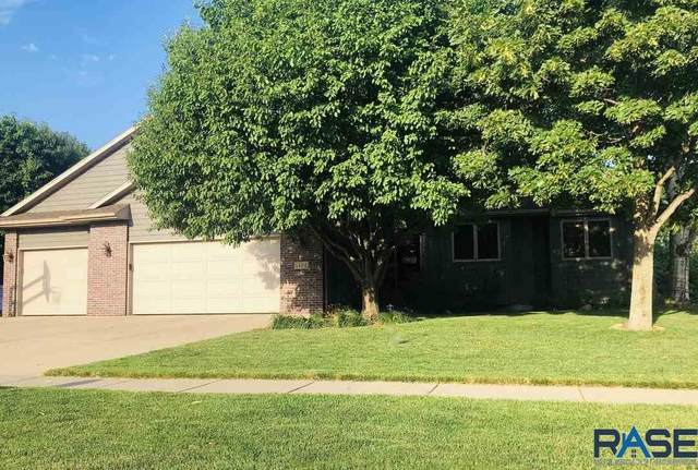 1404 S Aberdeen Ave, Sioux Falls, SD 57106 (MLS #22004528) :: Tyler Goff Group
