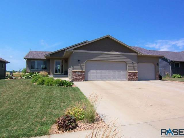611 United Ave, Harrisburg, SD 57032 (MLS #22004564) :: Tyler Goff Group