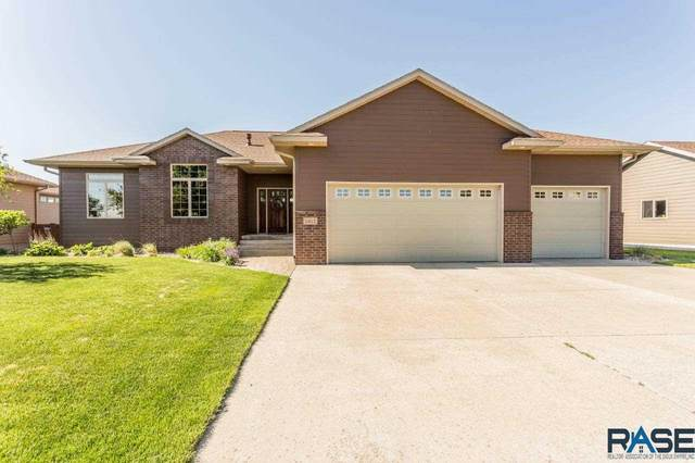 7912 S Copper Ridge Rd, Sioux Falls, SD 57108 (MLS #22004742) :: Tyler Goff Group