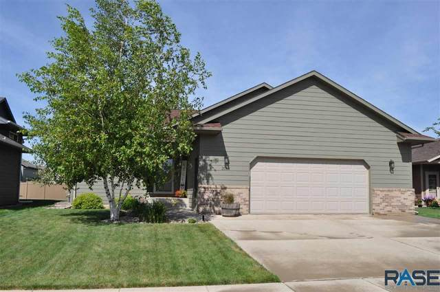 2013 S Mary Beth Ave, Sioux Falls, SD 57106 (MLS #22004812) :: Tyler Goff Group