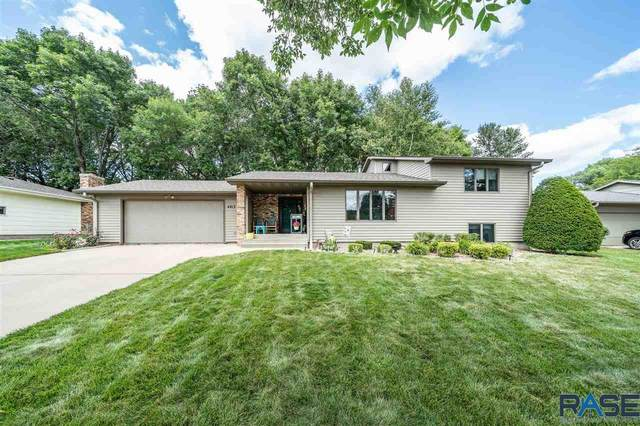 4413 S Magnolia Ave, Sioux Falls, SD 57103 (MLS #22004815) :: Tyler Goff Group