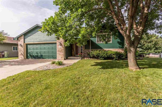 6609 W Bonnie Ct, Sioux Falls, SD 57106 (MLS #22004828) :: Tyler Goff Group