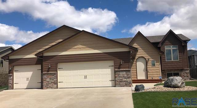 204 S Red Willow Ave, Sioux Falls, SD 57110 (MLS #22004836) :: Tyler Goff Group