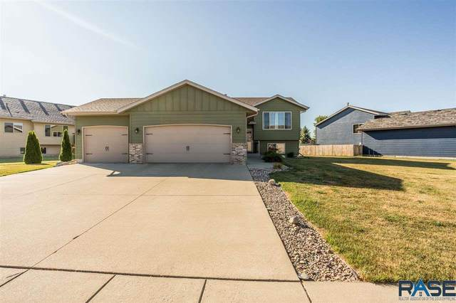 9205 W Norma Trl, Sioux Falls, SD 57106 (MLS #22004854) :: Tyler Goff Group