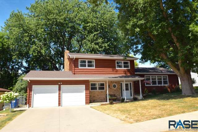 2713 S Williams Ave, Sioux Falls, SD 57105 (MLS #22004872) :: Tyler Goff Group