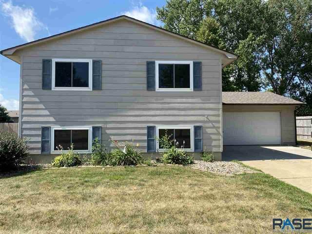 6105 W Bakker Park Dr, Sioux Falls, SD 57106 (MLS #22004878) :: Tyler Goff Group
