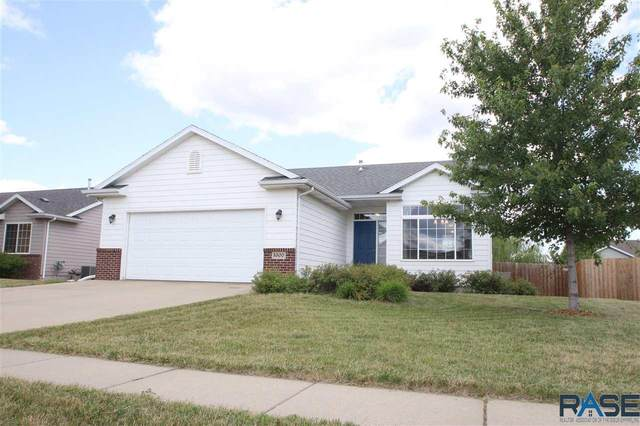 5300 S Mayo Ave, Sioux Falls, SD 57106 (MLS #22004923) :: Tyler Goff Group