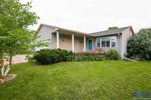 6404 W 52nd St, Sioux Falls, SD 57106 (MLS #22004963) :: Tyler Goff Group