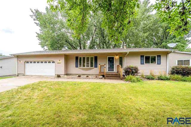 2004 E Tricia Ln, Sioux Falls, SD 57103 (MLS #22005029) :: Tyler Goff Group