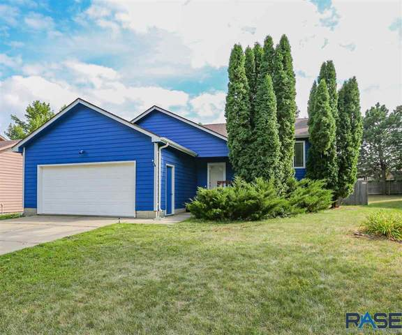 5205 W Cottage Trl, Sioux Falls, SD 57106 (MLS #22005037) :: Tyler Goff Group