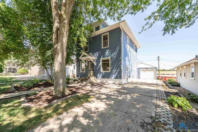 2400 S Duluth Ave, Sioux Falls, SD 57105 (MLS #22005053) :: Tyler Goff Group