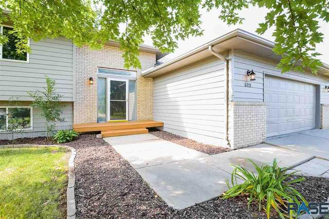 6717 W 61st St, Sioux Falls, SD 57106 (MLS #22005126) :: Tyler Goff Group