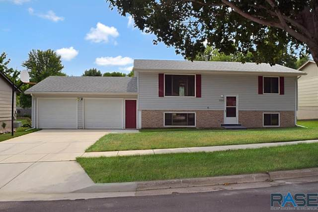 5101 E Prospect St, Sioux Falls, SD 57110 (MLS #22005142) :: Tyler Goff Group
