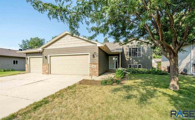 5501 S Sarmar Ave, Sioux Falls, SD 57106 (MLS #22005161) :: Tyler Goff Group