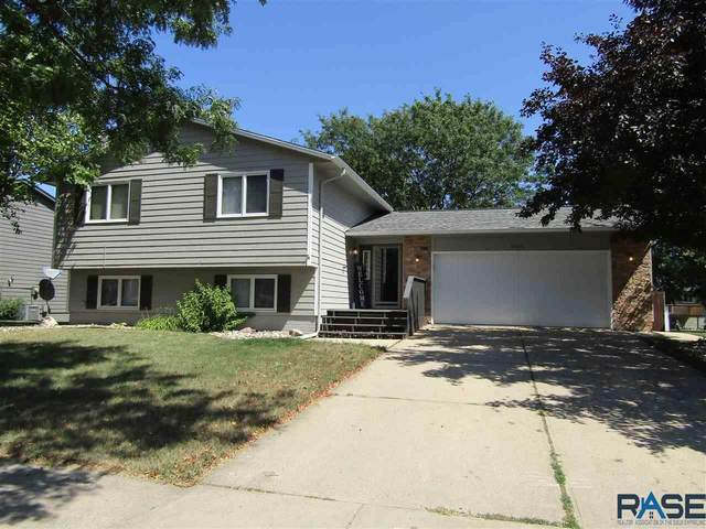 4404 S Sertoma Ave, Sioux Falls, SD 57106 (MLS #22005236) :: Tyler Goff Group