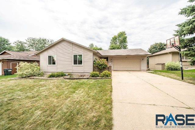 2505 S Pepper Ridge Ave, Sioux Falls, SD 57103 (MLS #22005252) :: Tyler Goff Group