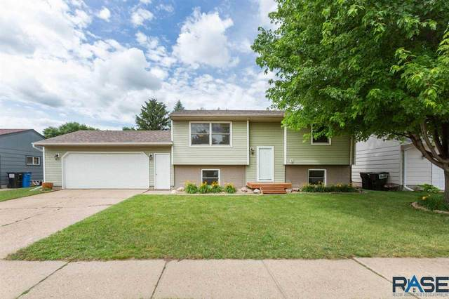 5408 W 24th St, Sioux Falls, SD 57106 (MLS #22005264) :: Tyler Goff Group