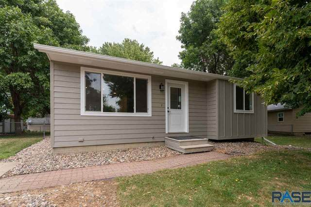 6204 W 59th St, Sioux Falls, SD 57106 (MLS #22005276) :: Tyler Goff Group