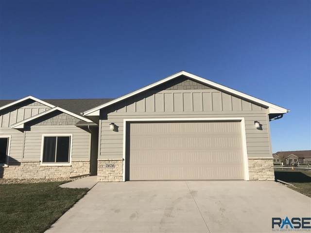 5402 S Bahnson Ave, Sioux Falls, SD 57108 (MLS #22005304) :: Tyler Goff Group