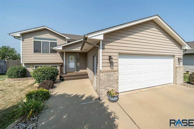 7004 W 61st St, Sioux Falls, SD 57106 (MLS #22005317) :: Tyler Goff Group