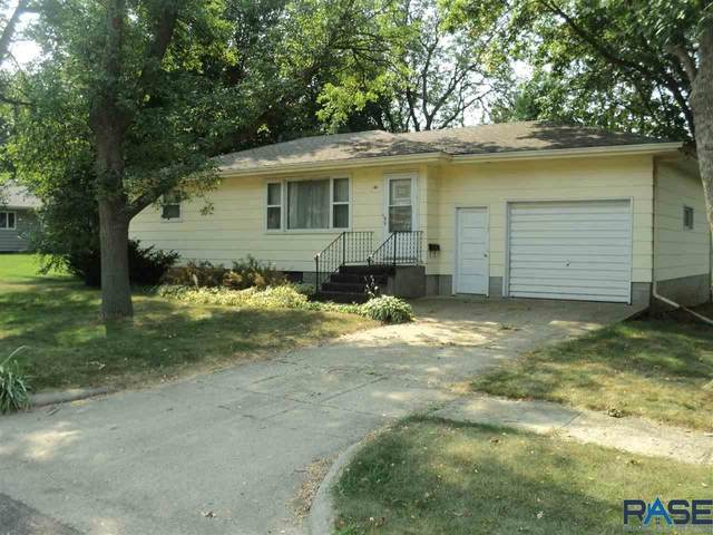 411 E Maple St, Canton, SD 57013 (MLS #22005322) :: Tyler Goff Group