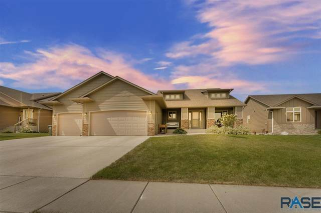 1205 S Keva Ave, Sioux Falls, SD 57106 (MLS #22005361) :: Tyler Goff Group