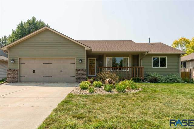 5005 E 4th St, Sioux Falls, SD 57110 (MLS #22005384) :: Tyler Goff Group