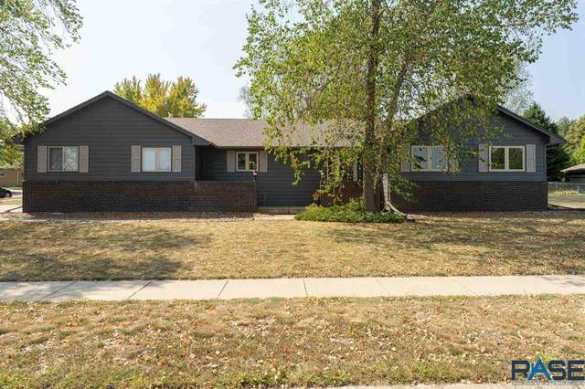 5701 W Silver Valley Dr, Sioux Falls, SD 57106 (MLS #22005405) :: Tyler Goff Group