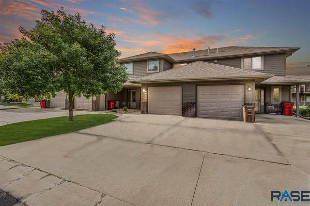 8513 W Grinn Pl, Sioux Falls, SD 57106 (MLS #22005406) :: Tyler Goff Group
