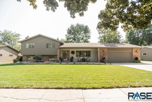 4608 S Woodwind Ln, Sioux Falls, SD 57103 (MLS #22005407) :: Tyler Goff Group