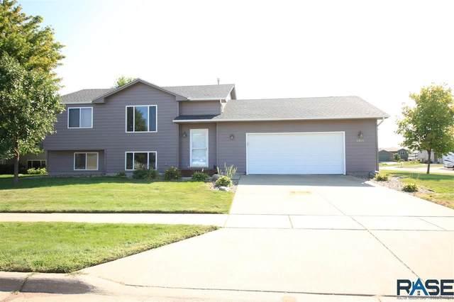 3928 S Villanova Ave, Sioux Falls, SD 57106 (MLS #22005414) :: Tyler Goff Group