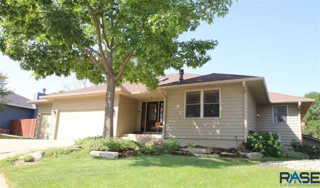 4605 S Deerfield Cir, Sioux Falls, SD 57105 (MLS #22005419) :: Tyler Goff Group