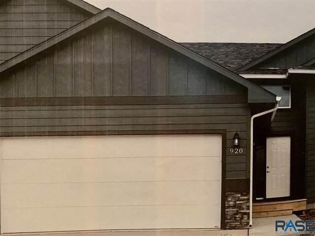 905 N Anthem Cir, Sioux Falls, SD 57110 (MLS #22005446) :: Tyler Goff Group