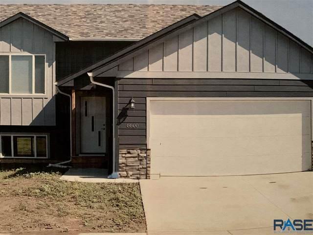 1105 N Brennan Ct, Sioux Falls, SD 57110 (MLS #22005448) :: Tyler Goff Group